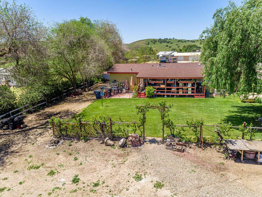 110-Grace-Dr-Paso-Robles-CA-020-001-Aerial-View-MLS_Size