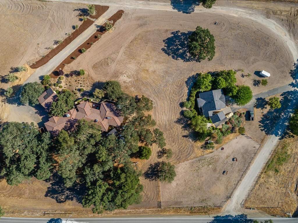 111-Kim-Ct-Templeton-CA-93465-USA-070-051-Aerial-View-MLS_Size