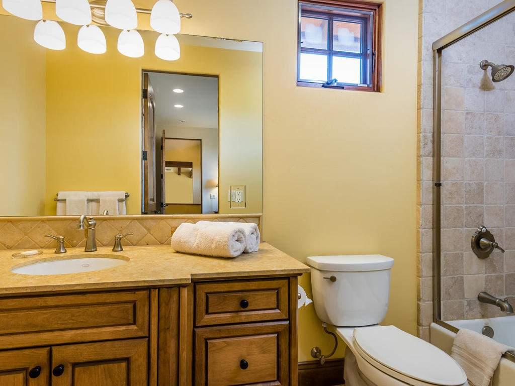 1190-Burnt-Rock-Way-Templeton-042-040-Bedroom-Four-Suite-MLS_Size