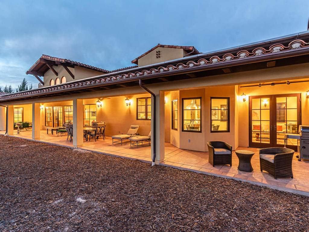 1190-Burnt-Rock-Way-Templeton-050-047-Covered-Patio-MLS_Size