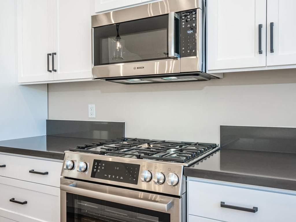 136-Rowan-Way-Templeton-CA-007-008-Kitchen-MLS_Size