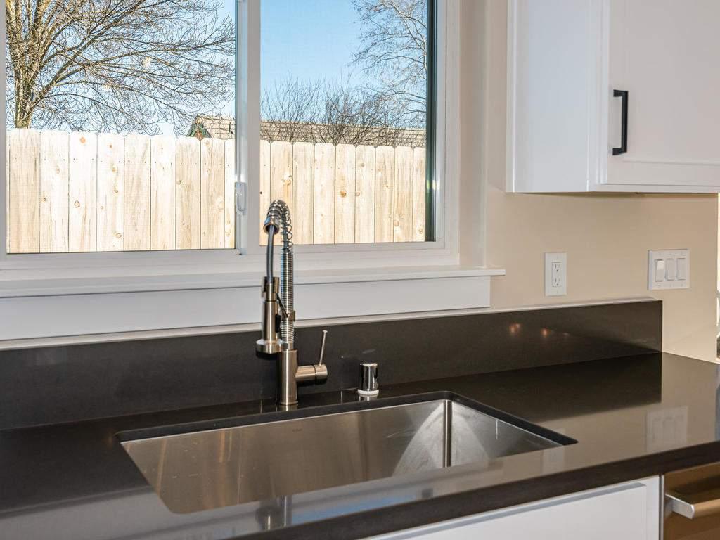 136-Rowan-Way-Templeton-CA-008-016-Kitchen-MLS_Size