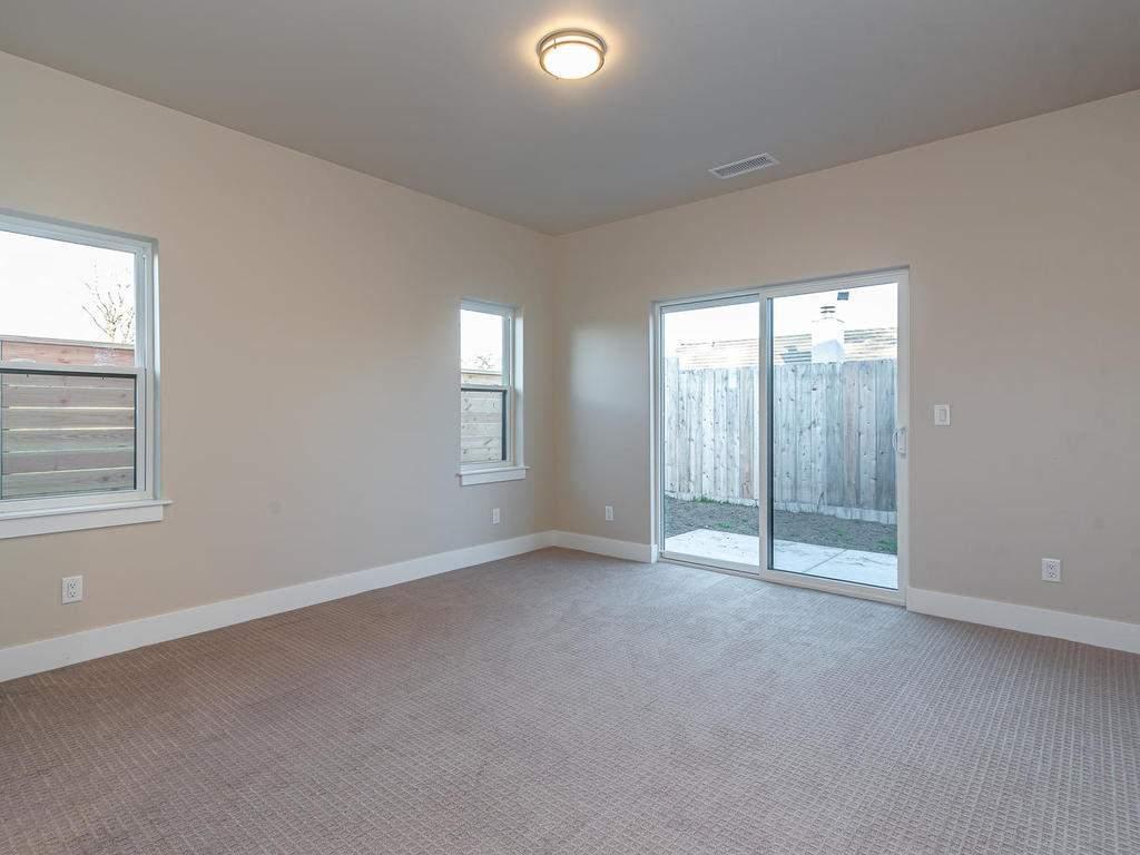 136-Rowan-Way-Templeton-CA-012-013-Master-Suite-MLS_Size