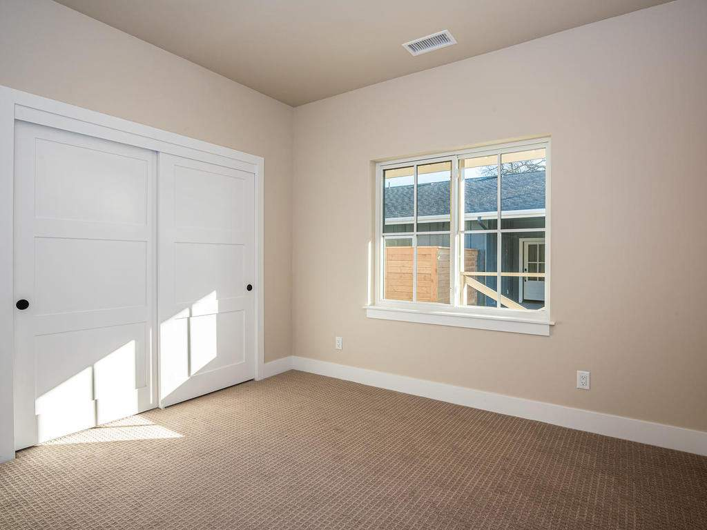 136-Rowan-Way-Templeton-CA-017-018-Bedroom-Three-MLS_Size