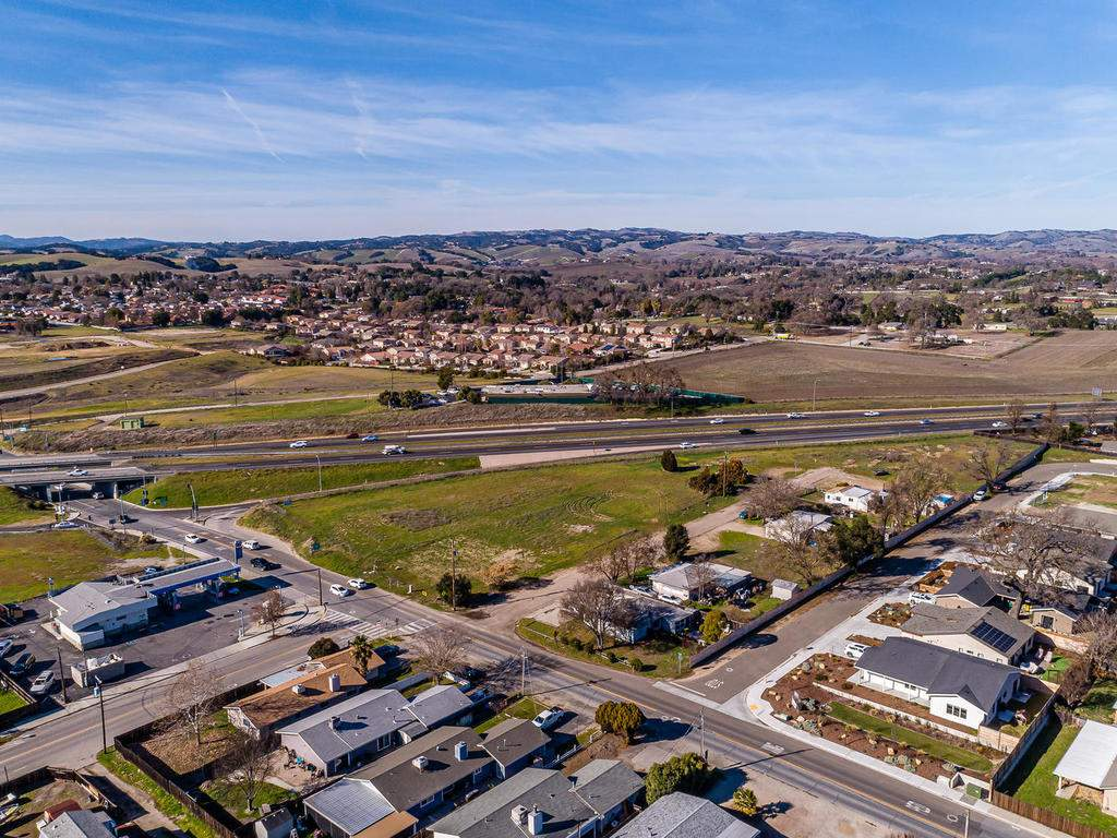 136-Rowan-Way-Templeton-CA-027-026-Freeway-Access-MLS_Size