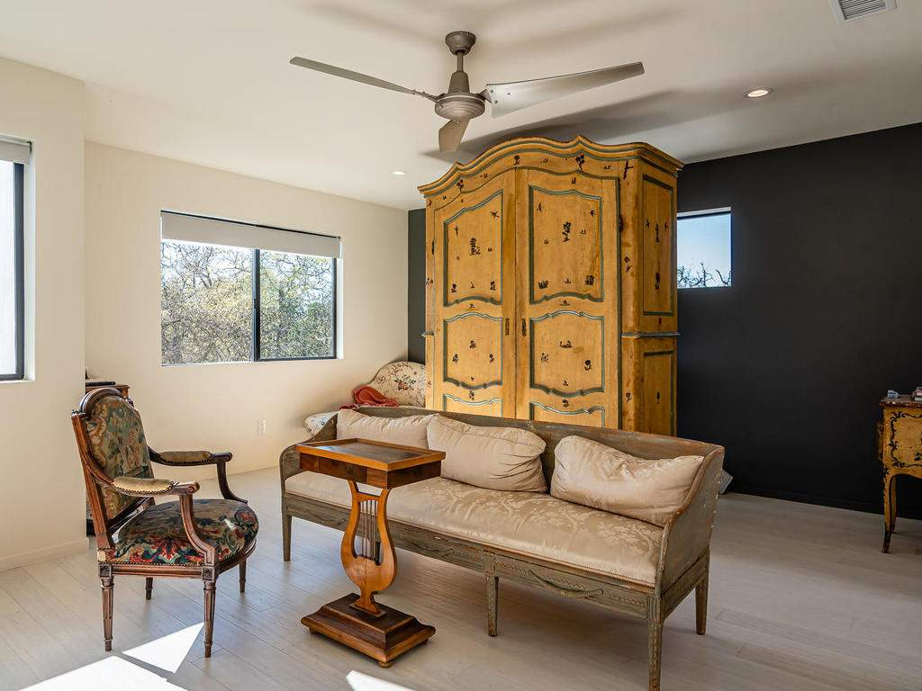 1475-Barley-Grain-Rd-Paso-039-096-Bedroom-Two-Suite-MLS_Size