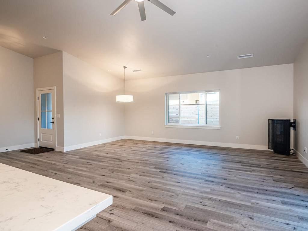 148-Rowan-Way-Templeton-CA-011-012-Living-Room-MLS_Size