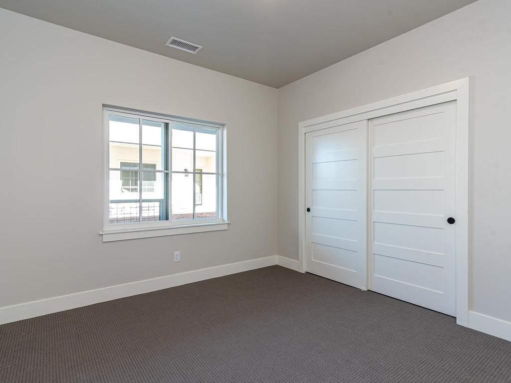 148-Rowan-Way-Templeton-CA-018-019-Bedroom-Three-MLS_Size