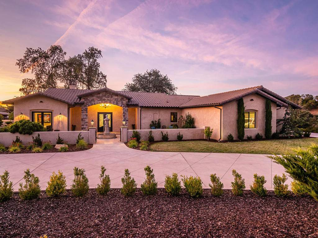1480-Fire-Rock-Loop-Templeton-004-003-Front-of-Home-MLS_Size