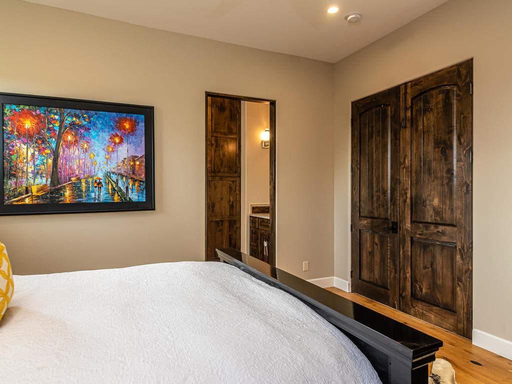 1480-Fire-Rock-Loop-Templeton-030-024-Bedroom-Two-Suite-MLS_Size