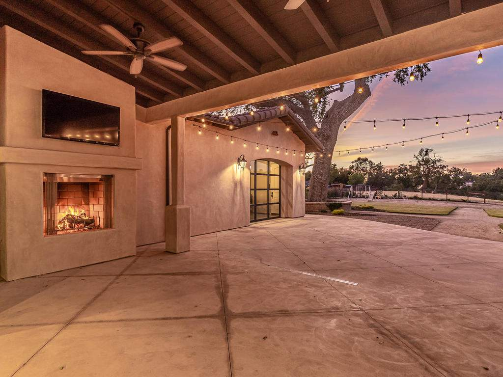 1480-Fire-Rock-Loop-Templeton-047-044-Covered-Patio-MLS_Size
