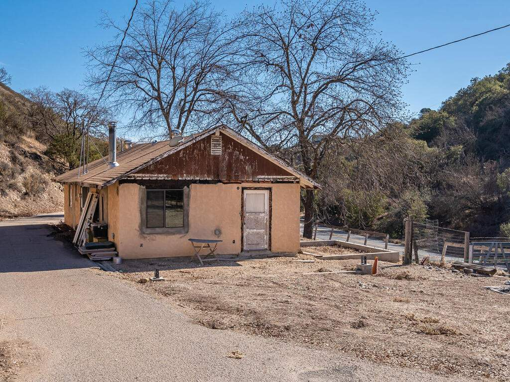 1530-Peachy-Canyon-Rd-Paso-002-001-Front-of-Home-MLS_Size