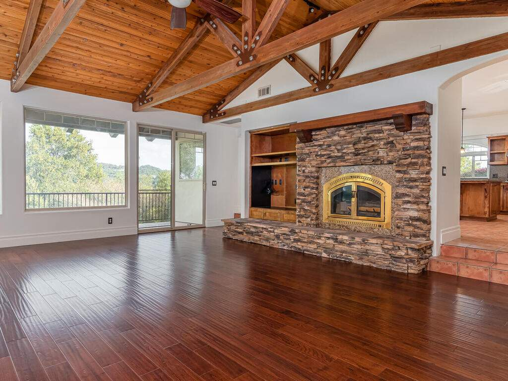 1550-Post-Canyon-Dr-Templeton-CA-93465-USA-010-009-Living-Room-MLS_Size