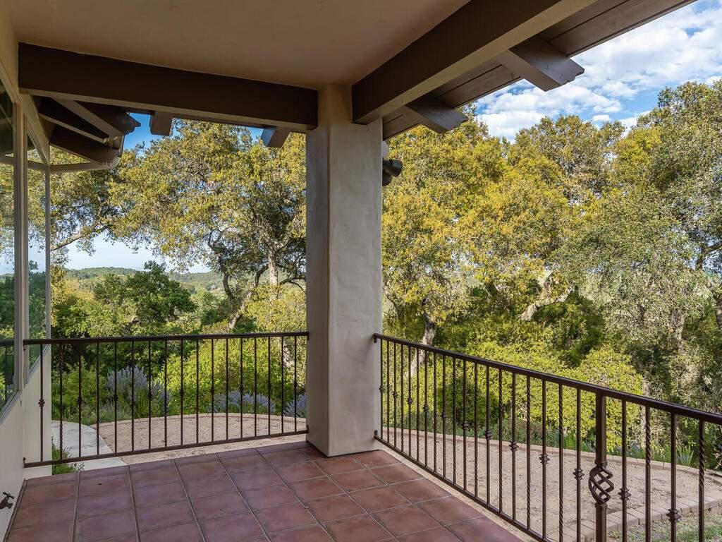 1550-Post-Canyon-Dr-Templeton-CA-93465-USA-011-011-Living-Room-Balcony-MLS_Size