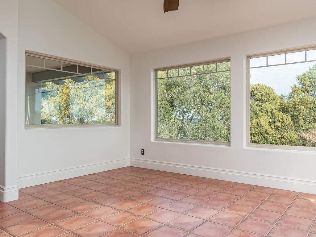 1550-Post-Canyon-Dr-Templeton-CA-93465-USA-021-020-Dining-Room-MLS_Size