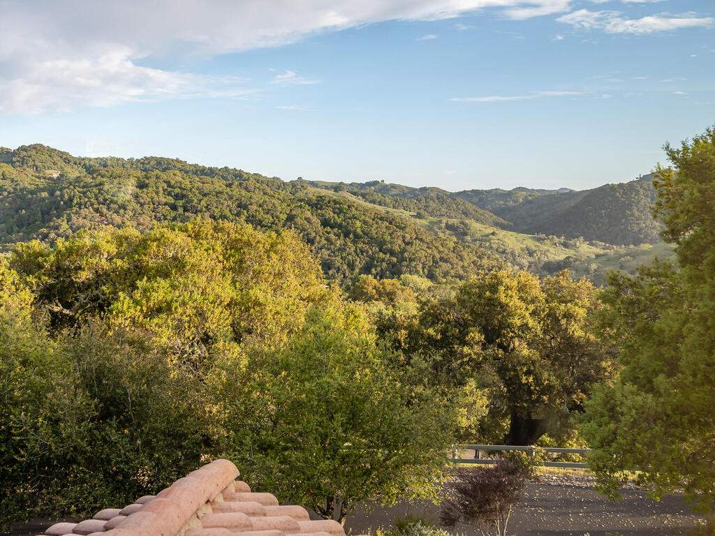 1550-Post-Canyon-Dr-Templeton-CA-93465-USA-035-039-Bedroom-4-View-MLS_Size