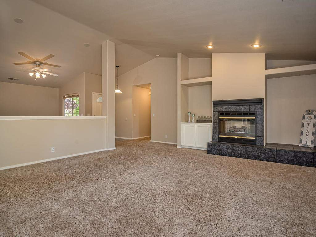 1591-Stormy-Way-Paso-Robles-CA-003-003-Living-RoomFamily-Room-MLS_Size