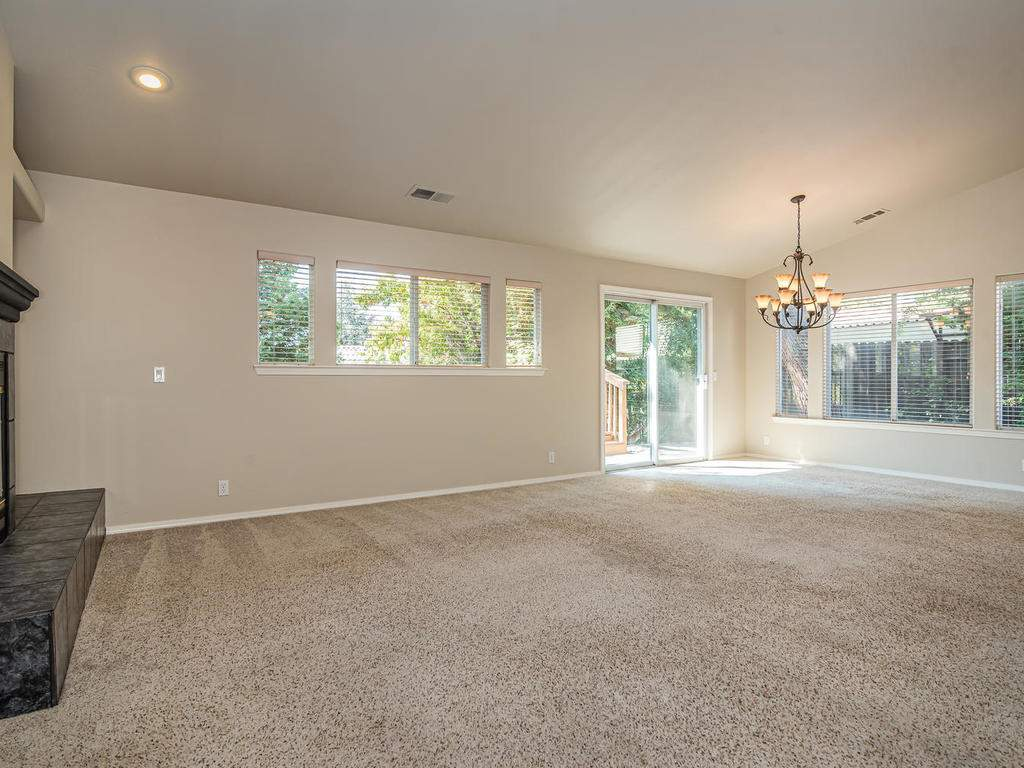 1591-Stormy-Way-Paso-Robles-CA-005-005-Living-RoomDining-Room-MLS_Size