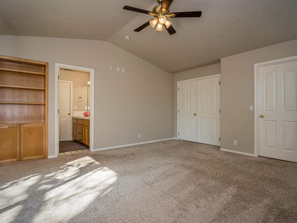 1591-Stormy-Way-Paso-Robles-CA-016-015-Master-Bedroom-MLS_Size