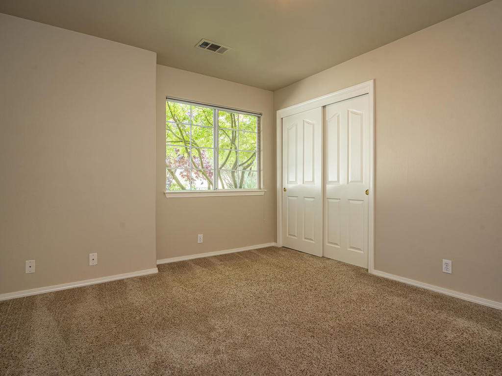 1591-Stormy-Way-Paso-Robles-CA-018-018-Bedroom-2-MLS_Size