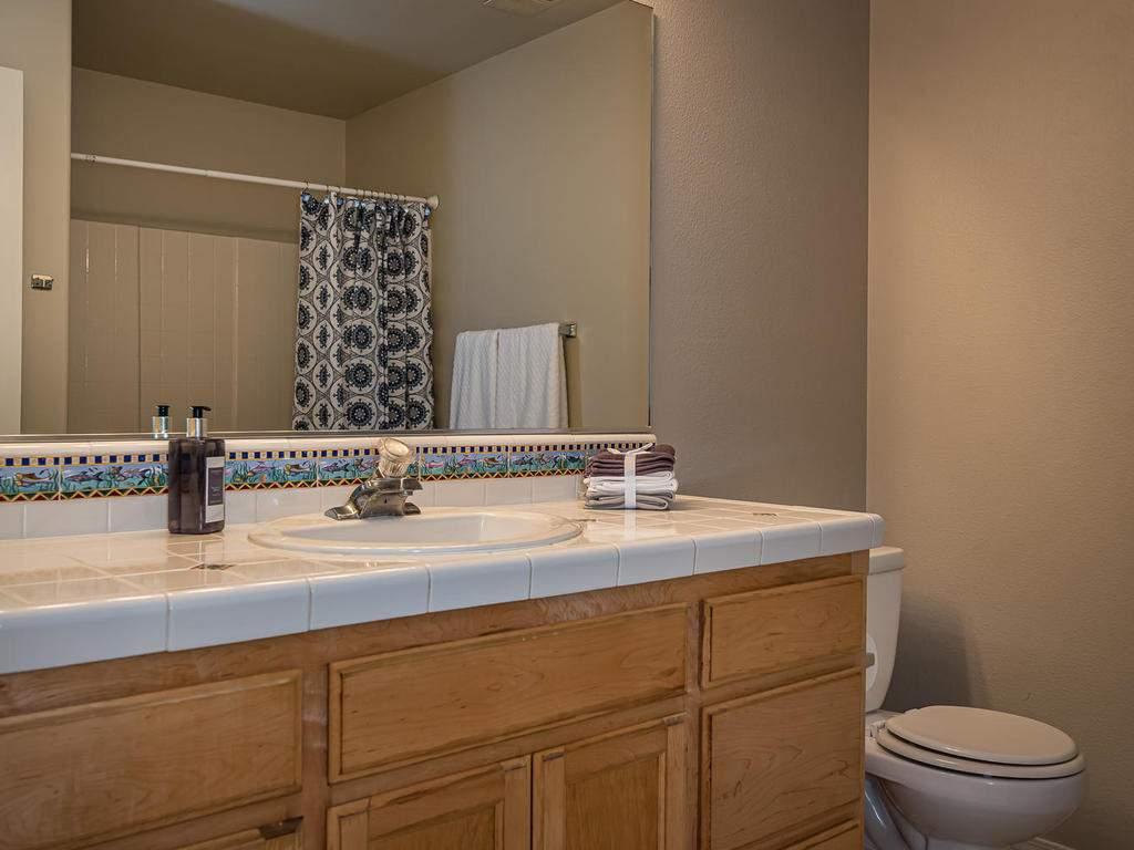 1591-Stormy-Way-Paso-Robles-CA-020-021-Bathroom-2-MLS_Size