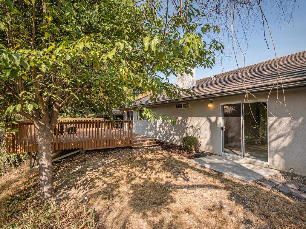 1591-Stormy-Way-Paso-Robles-CA-023-023-Rear-Exterior-MLS_Size
