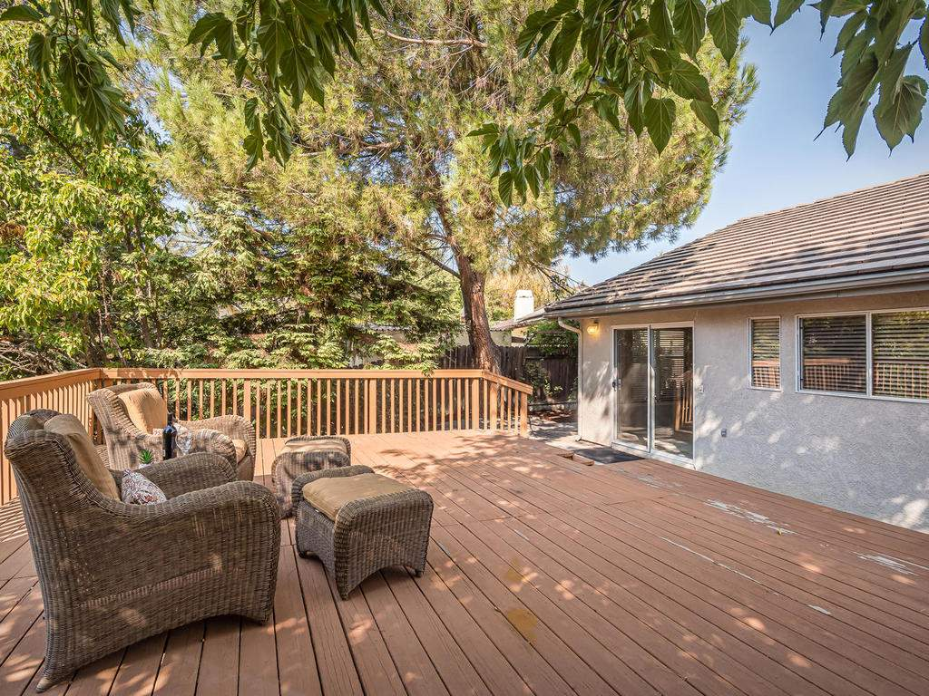 1591-Stormy-Way-Paso-Robles-CA-024-025-Back-Yard-Deck-MLS_Size