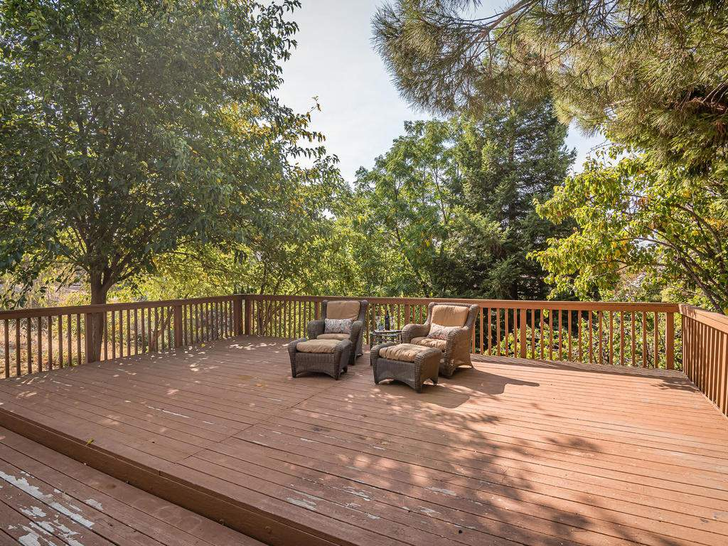 1591-Stormy-Way-Paso-Robles-CA-025-024-Back-Yard-Deck-MLS_Size