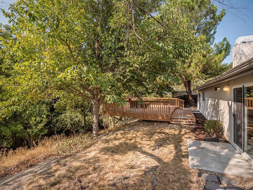 1591-Stormy-Way-Paso-Robles-CA-028-027-Back-Yard-MLS_Size