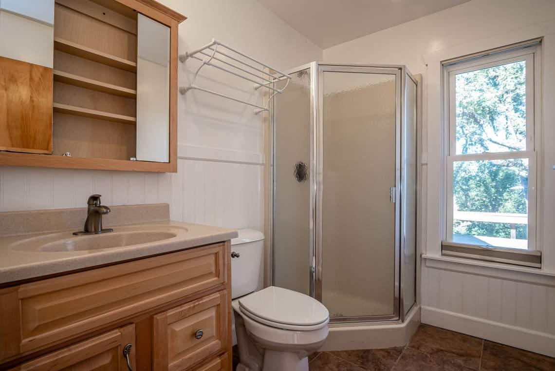 1600-Post-Canyon-Dr-Templeton-print-017-012-Bathroom-2-3000x2003-300dpi