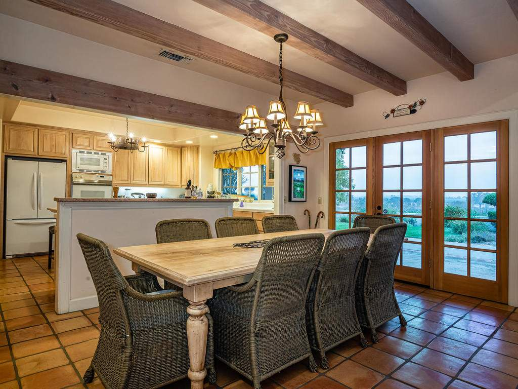 1785-Wellsona-Rd-Paso-Robles-012-010-Dining-Room-MLS_Size
