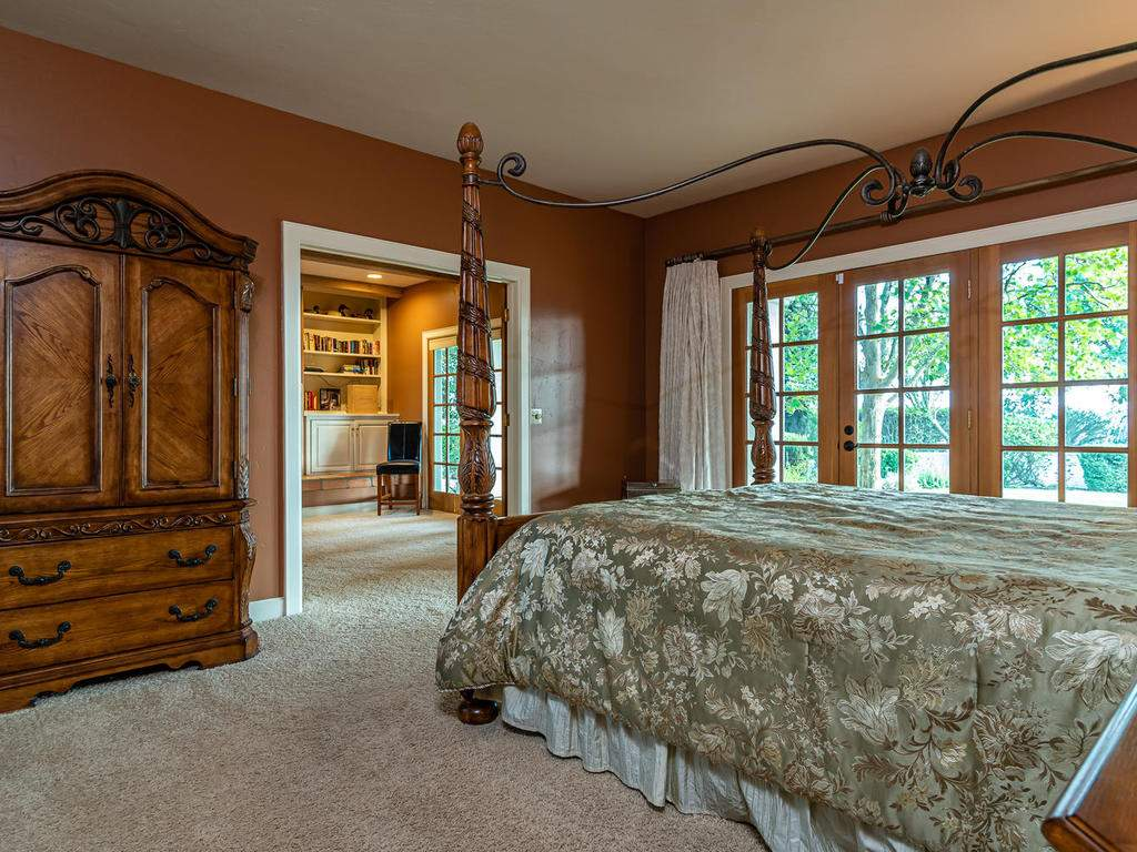 1785-Wellsona-Rd-Paso-Robles-023-022-Master-Suite-MLS_Size