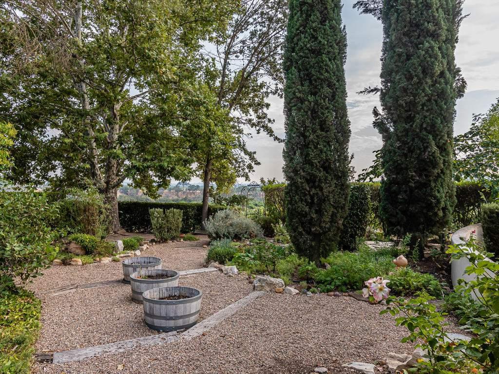 1785-Wellsona-Rd-Paso-Robles-040-040-Garden-MLS_Size