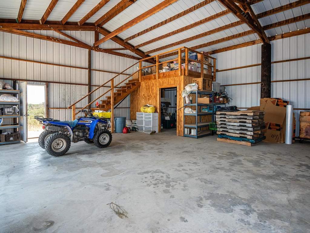 1785-Wellsona-Rd-Paso-Robles-065-061-Barn-MLS_Size