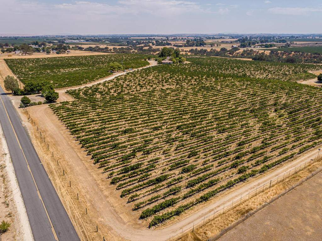 1785-Wellsona-Rd-Paso-Robles-068-067-Aerial-View-MLS_Size