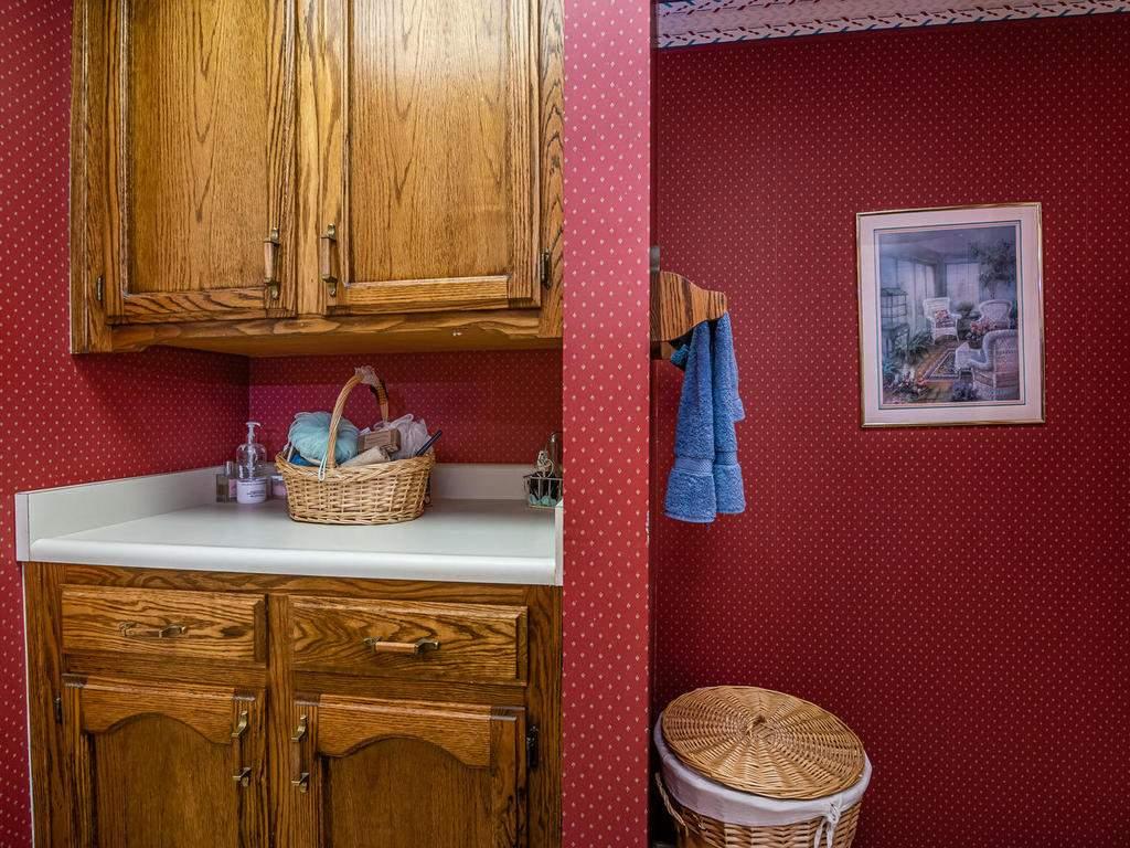 1880-Wellsona-Rd-Paso-Robles-025-034-Bathroom-Two-MLS_Size