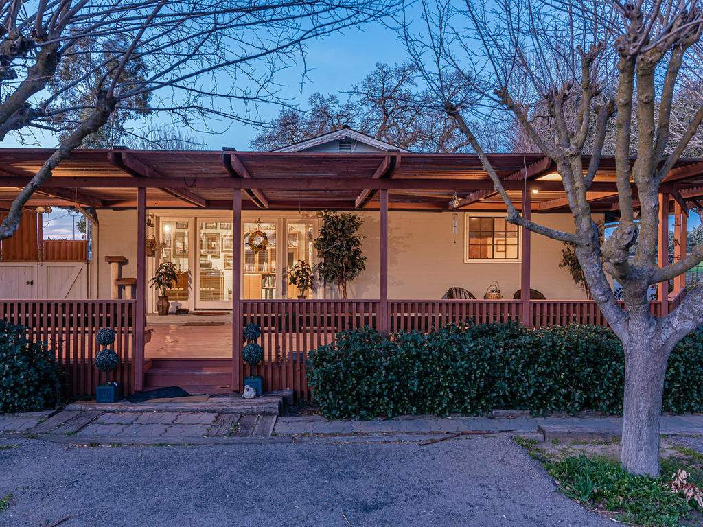 1880-Wellsona-Rd-Paso-Robles-028-031-Large-Deck-MLS_Size