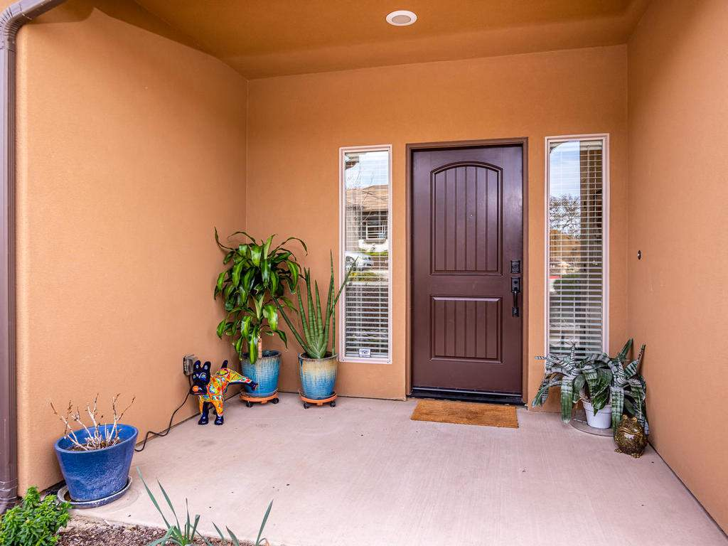 2018-Vista-Oaks-Way-Paso-004-002-Entry-MLS_Size