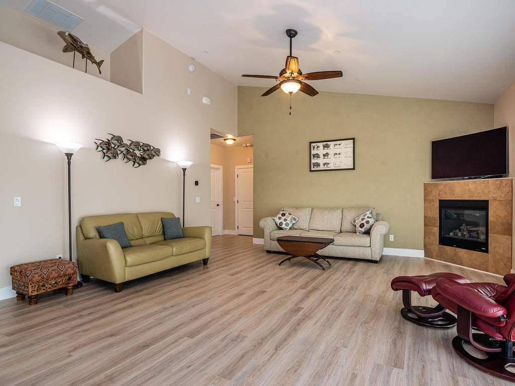 2018-Vista-Oaks-Way-Paso-007-006-Living-Room-MLS_Size