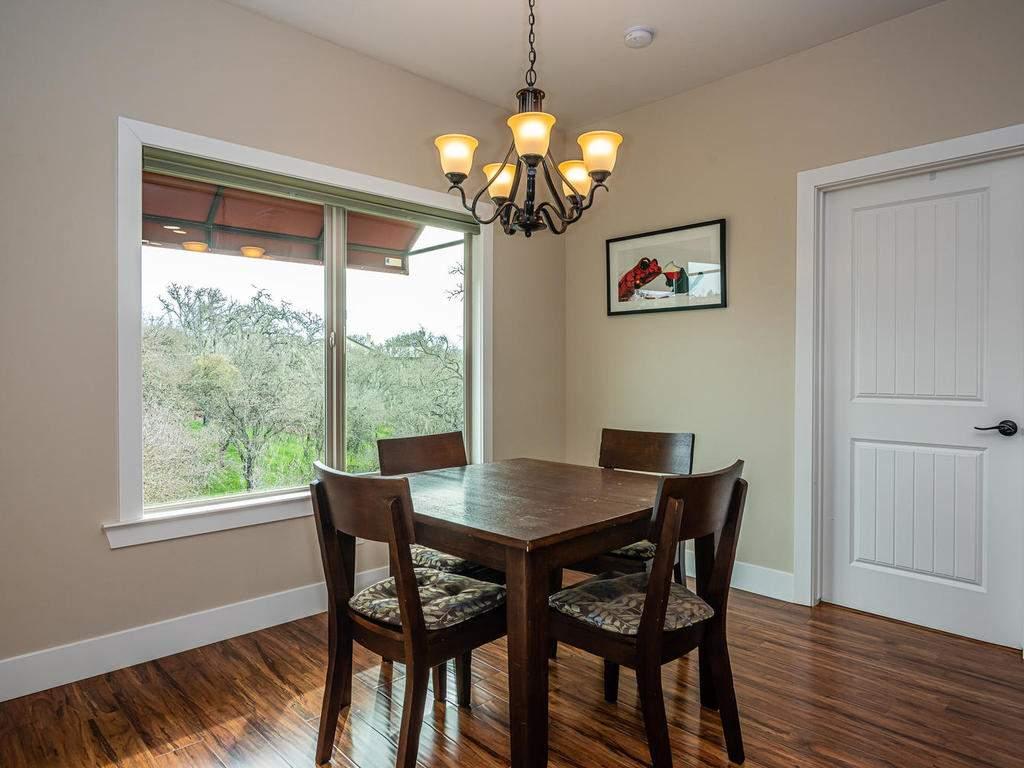 2018-Vista-Oaks-Way-Paso-013-009-Dining-Room-MLS_Size