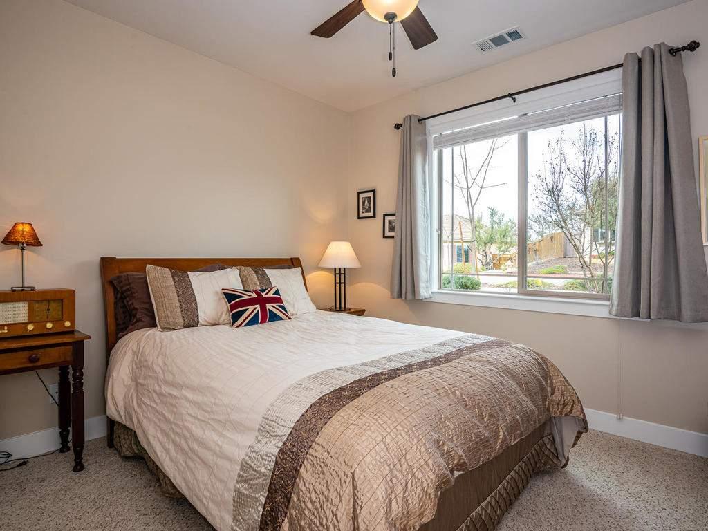 2018-Vista-Oaks-Way-Paso-018-021-Bedroom-Two-MLS_Size