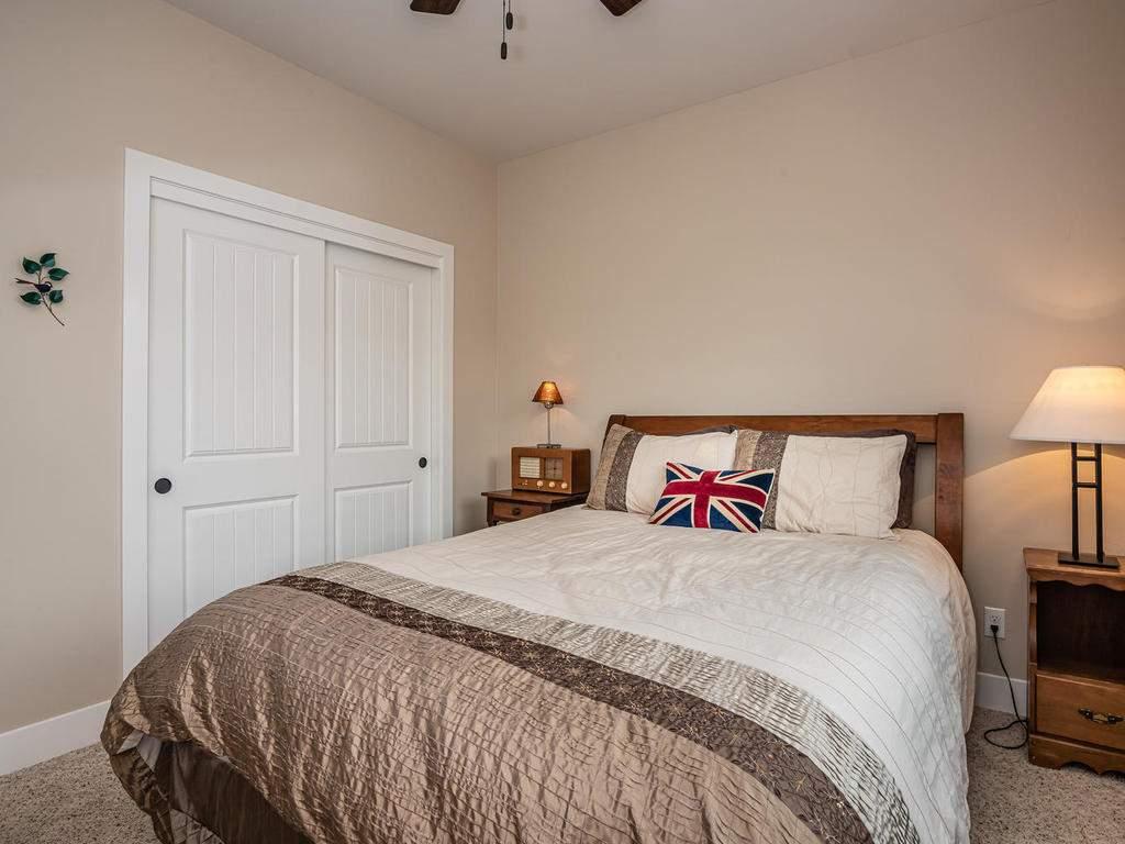 2018-Vista-Oaks-Way-Paso-019-012-Bedroom-Two-MLS_Size