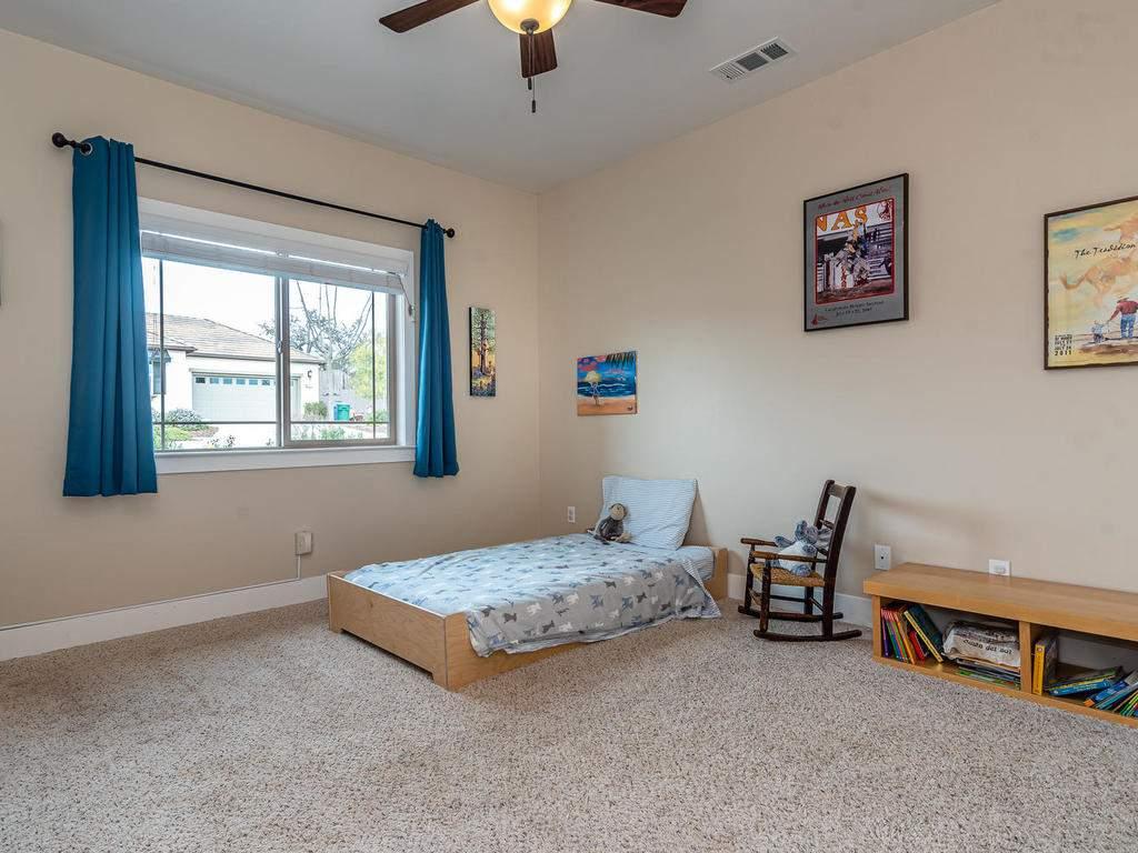 2018-Vista-Oaks-Way-Paso-020-015-Bedroom-Three-MLS_Size
