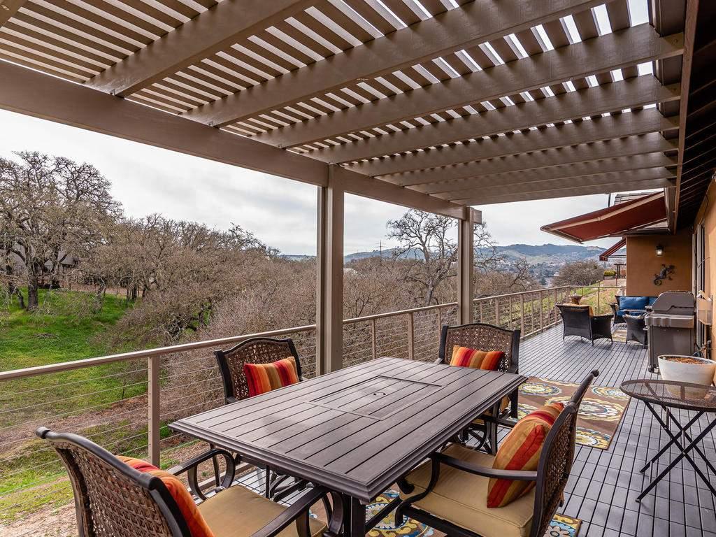 2018-Vista-Oaks-Way-Paso-029-031-Large-Deck-MLS_Size