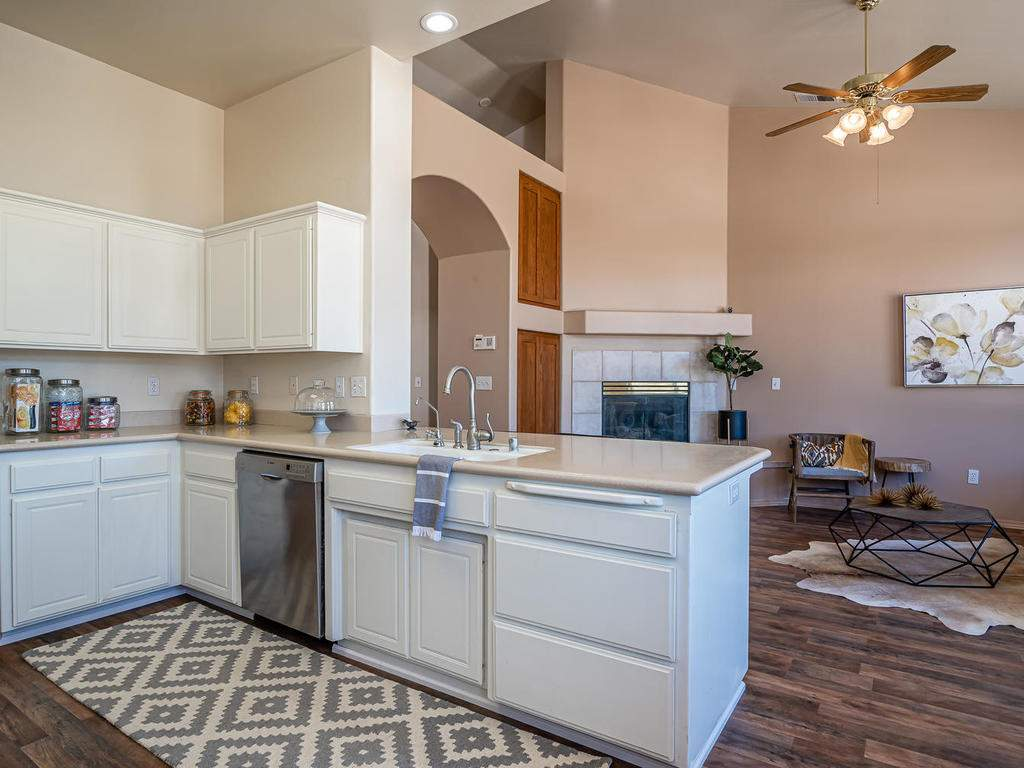 2102-Summit-Dr-Paso-Robles-CA-011-014-KitchenLiving-Room-MLS_Size