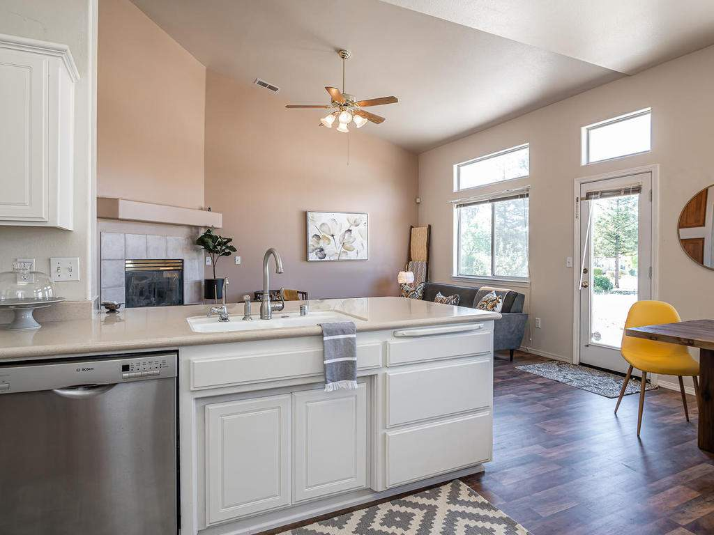 2102-Summit-Dr-Paso-Robles-CA-013-010-KitchenLiving-Room-MLS_Size