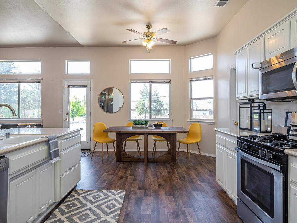 2102-Summit-Dr-Paso-Robles-CA-014-011-KitchenDining-Room-MLS_Size