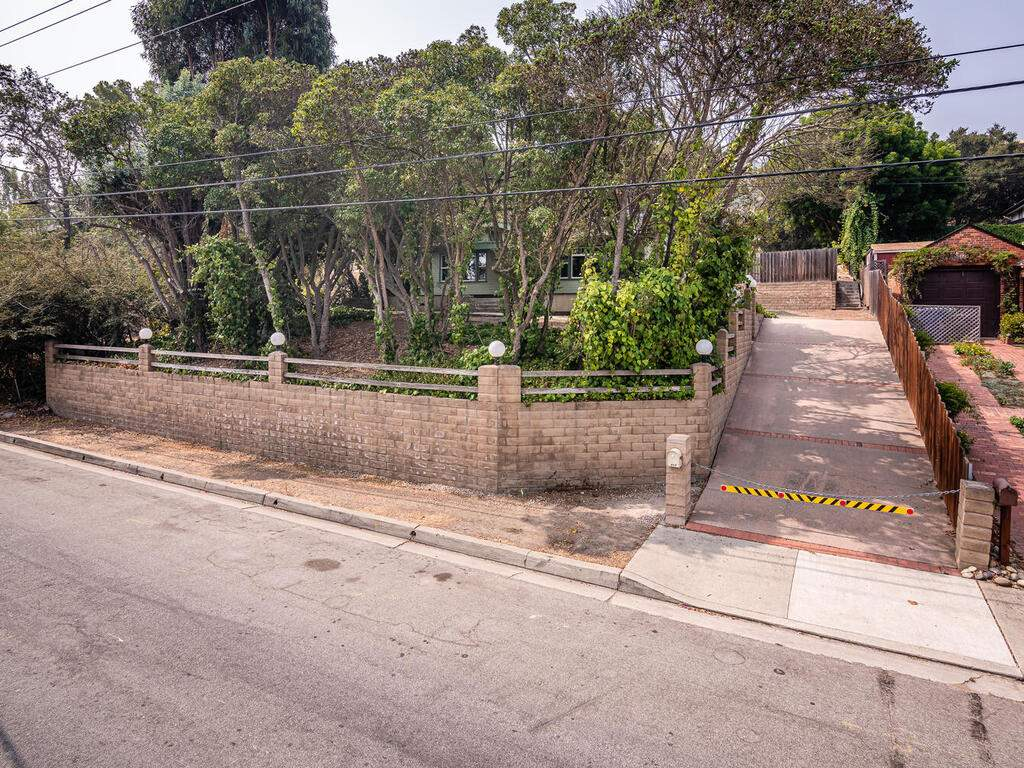 217-Broad-St-San-Luis-Obispo-002-003-Front-of-the-Property-MLS_Size