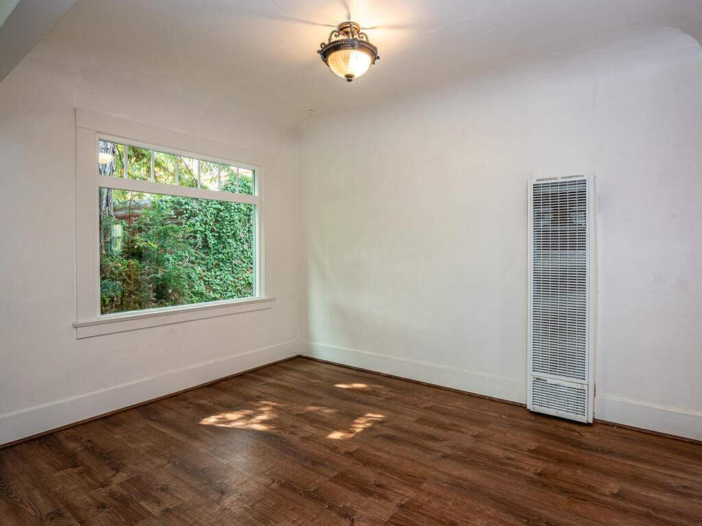 217-Broad-St-San-Luis-Obispo-011-004-Dining-Room-MLS_Size