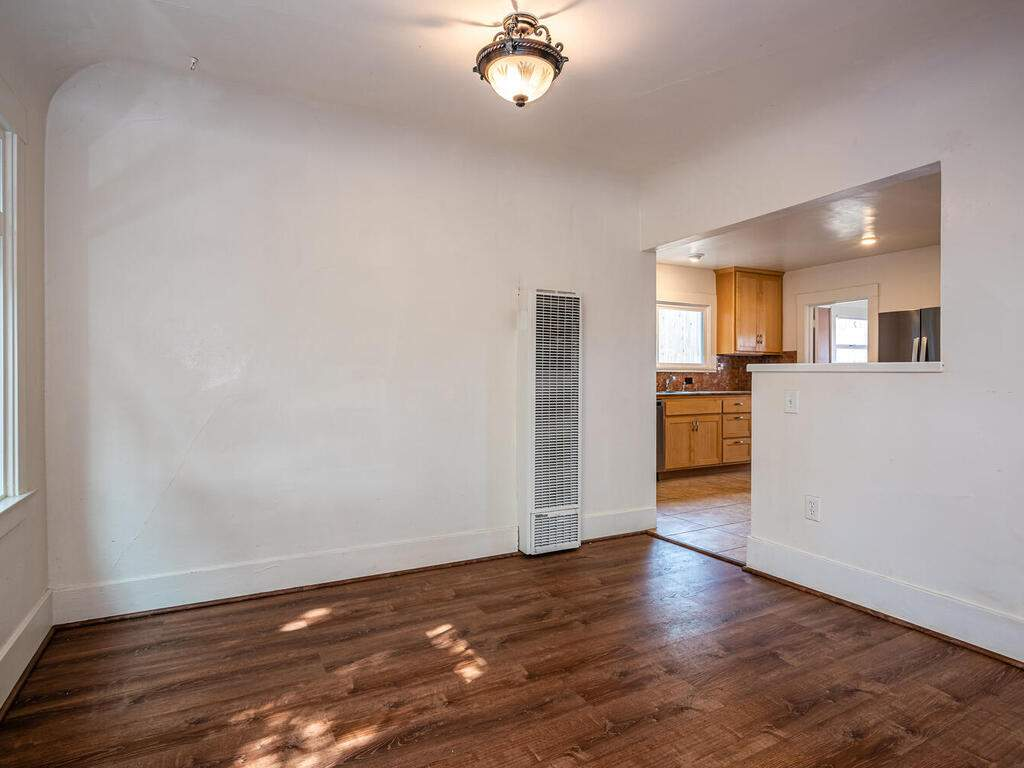 217-Broad-St-San-Luis-Obispo-012-006-Dining-Room-MLS_Size